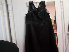 PRETTY LACE SATIN EVENING DRESS  SIZE 18 UNUSED  BLACK TOO BIG FOR ME