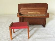 Vintage LUNDBY/LERRO  Dolls House PIANO with STOOL 'Front to back keys 1:16/18