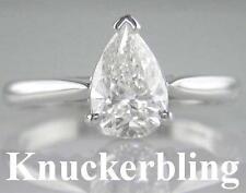 Pear 18 Carat White Gold VS2 Fine Diamond Rings