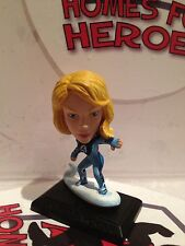 MARVEL MICROS INVISIBLE WOMAN MRVOO6 FANTASTIC FOUR SEALED IN SACHET NEW
