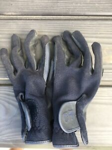 Horse Riding Gloves. Very Good Condition.