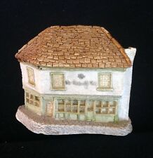 David Winter ~ Old Curiosity Shop ~ Very Early Piece ~ Rare ~ With Windows ~1980
