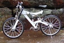 Miniature White Mt Bicycle w/Shocks 1/10 Scale