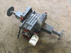 Kubota G1900 Tractor Transaxle