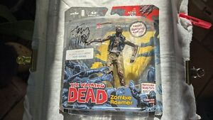 The Walking Dead Zombie Roamer Series 1 Action Figure 2011 Signed