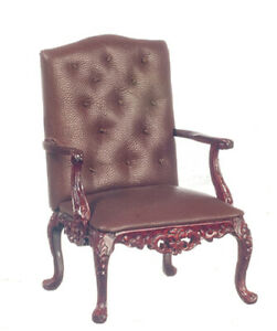 George VI Armchair in Mahogany from the Platinum Collection