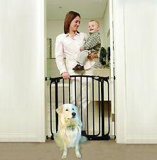 ZOE Closed swing security gate dog pet care Black