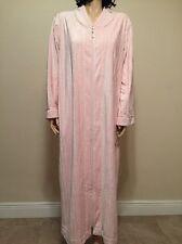 Oscar De La Renta  Plush Pink Zipper Robe Size L/XL NWT