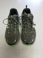 "New Balance ""610 v4"" black and green, trail running shoes. Men's 11 D (eur 45)"