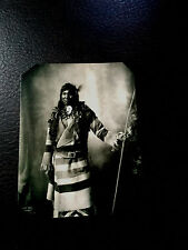 J.Edwards Fine Art Miniature Collectible Handcrafted On Vintage Metal Tin JE08FR