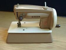 SINGER SEWHANDY piccola sarta macchina da cucire 40K
