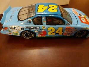 Jeff Gordon #24 Dupont Peanuts Snoopy 2000 Limited Edition Action 1/24 Diecast