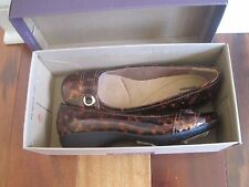 BNIB Clarks Propose Spire Women's flat shoes, brown synthetic, Size 6.5M,  ...
