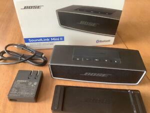 Bose SoundLink Mini II 2 Bluetooth Speaker Carbon/Black In Box w/ Accessories
