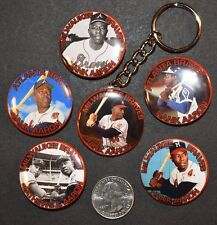 "Set of 5 Pinback Buttons 1 1/2"" Hank Aaron plus Key Chain Braves HOF"