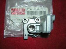 Yamaha Tz250 91-99 Oil Pump Cover/housing Genuine Yamaha. B25b