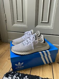 Adidas White Black Deerupt Runners Trainers Size UK 6.5 US 8 RRP £80