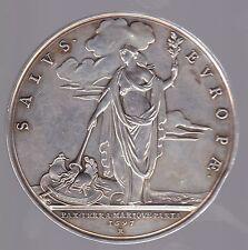 MEDAILLE DE TABLE AUX FEMMES VETERINAIRES EN ARGENT SALVS EUROP AE 1963 N° M 54