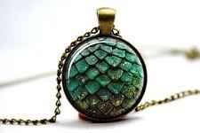 Cúpula de vidrio cabujón con colgante cadena Collar Gótico/Steampunk huevo de dragón: Verde