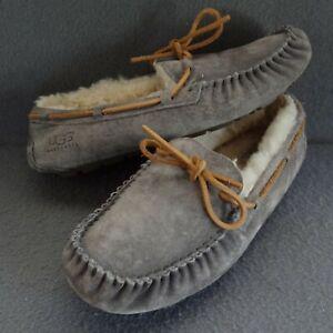 UGG Australia Dakota Slippers 10 41 House Indoor Outdoor Shearling Lined 5612
