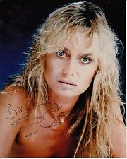 SUSAN GEORGE AUTOGRAPHED PHOTOGRAPH. STUNNING