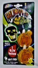 Halloween glow, 3 glow necklaces, bend and shake to activate