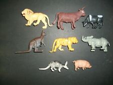 PLASTIC FARM AND ZOO ANIMALS   Lot 1