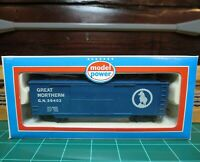 "Model Power 9002 HO Scale 40' Double Door Wood Boxcar ""Great Northern"""