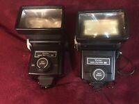 Lot of 2 Vivitar 285 Zoom Thyristor Auto Electronic Flashes