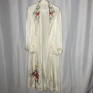 Vintage Silk Ivory Kimono Dressing Gown Robe Embroidered