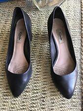 Clarks Narrative Ladies Leather Court Shoes Size Uk 6 D
