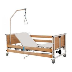 Letto Ortopedico Elettrico Elevabile A 3 Snodi Letto per disabili Moretti