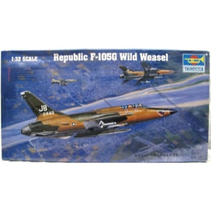 Trumpeter 02202 1/32 F-105G Thunderchief with Weasel* Brand New