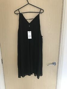 womens black top, new with tags size 12