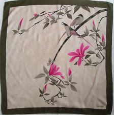 -Superbe Foulard  VALENTINO  100% soie  TBEG  vintage scarf  84 x 86 cm