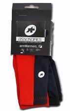 ASSOS ARM WARMERS_S7 Mens's Cycling Arm Warmer Black/Red Size (I) Medium/Large