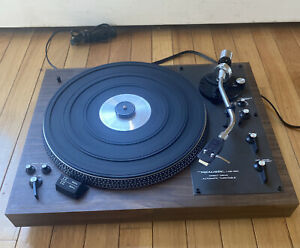Realistic LAB-420 Direct drive Automatic turntable