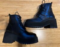 Black Leather Platform Boots Lace-Up Chunky Boot Women's Size 7.5