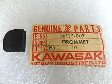 Kawasaki NOS NEW  16135-007 Grommet G3 G31M Centurion 1970-71