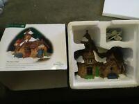 Christmas or Halloween VILLAGE DISPLAY dept 56 lemax mini Colonial Plaza FENCE