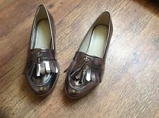 New with box pewter metallic loafers size 4E sole diva