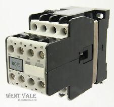AEG sh8-80e-910-302-619-81 - 20a OTTO Pole Controllo Relè 240vac BOBINA un-USATO