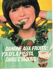 PUBLICITE ADVERTISING 034   1981   DANONE  yaourts aux druits