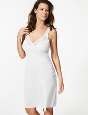 M&S WHITE FLORAL LACE TRIM FULL SLIP BNWT RRP £16 FREE P&P SIZE 20' 26 length