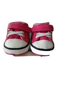 New. Baby girls.ralf lauren shoes. Converse booties. 0-6 months.