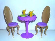 %***Barbie Möbel*Stühle und Tisch mit Becher,Teller***%