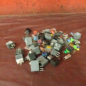 Freightliner Fuse and Relay Assortment Assembly  NO RESERVE 10-293