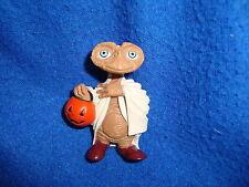 "E.T Figure 2002 2.25"" PVC Extra Terrestrial Halloween Holding Pumpkin"
