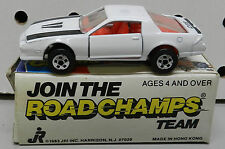 ROAD CHAMPS 1982 CHEVY CAMARO WHITE C28 Z28 14 82 JRI RC BOX