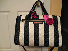 NWT Betsey Johnson Black White Hearts Quilted Stripe Duffle Travel Crossbody Bag
